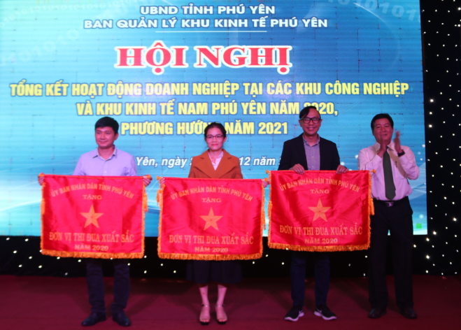 south phu yen economic zone lures in 115 projects worth 955 trillion
