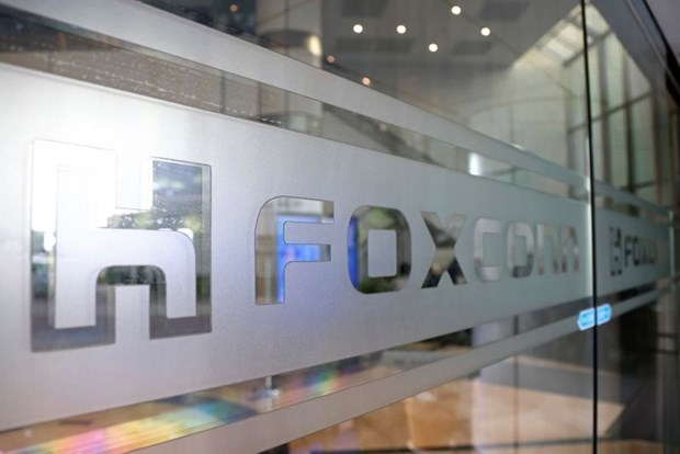 foxconn invests in 270 million usd laptop plant in bac giang