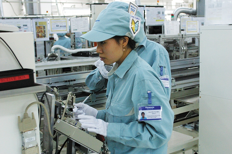 1528 p9 vietnam well placed to snap up laptop supply chain shifts