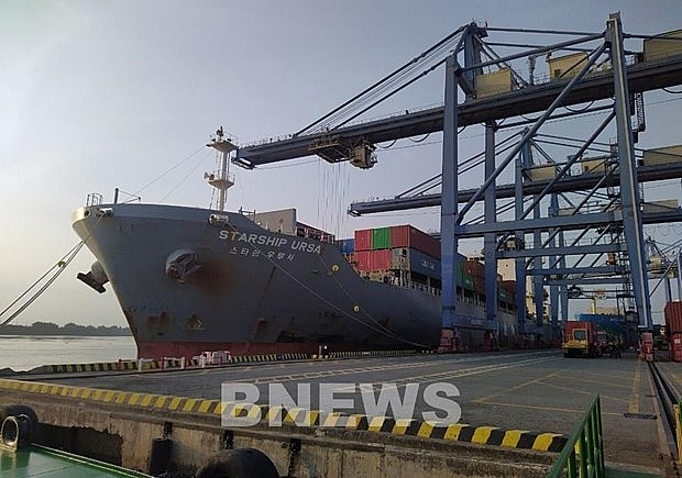 vietnam receives foreign cargo ships on first day of lunar new year