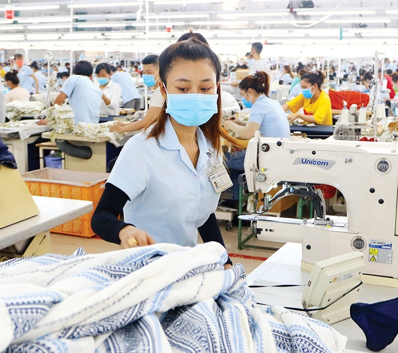 1536 p12 global prospects abound for textiles