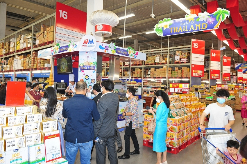 mm mega market maintains position as two way trade bridge between vietnam and thailand