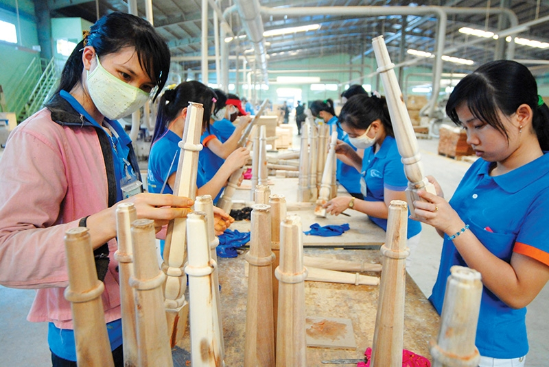 1539 p19 wood exporters face array of obstructions