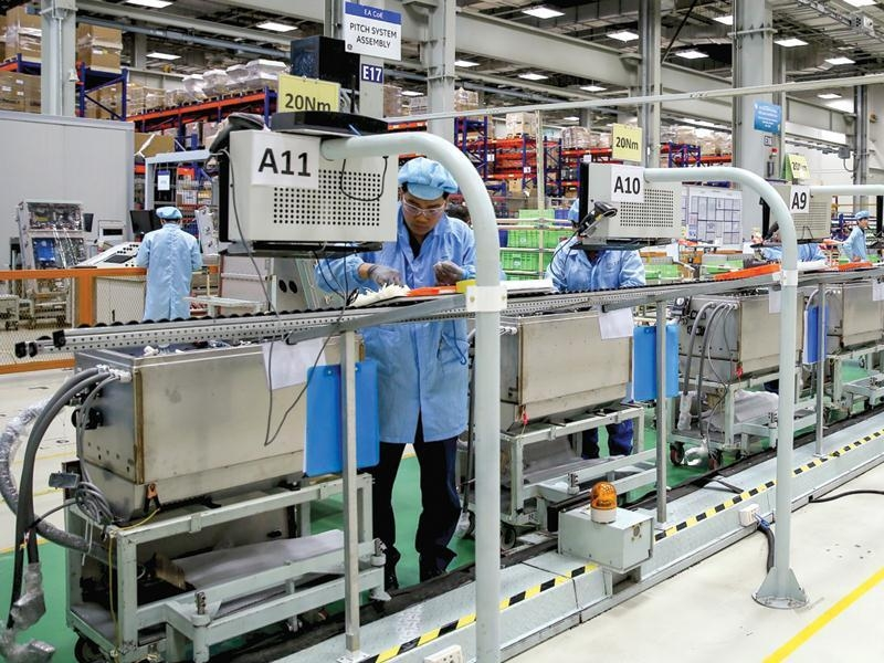 us companies concerned about covid 19 resurgence and vaccine availability in vietnam